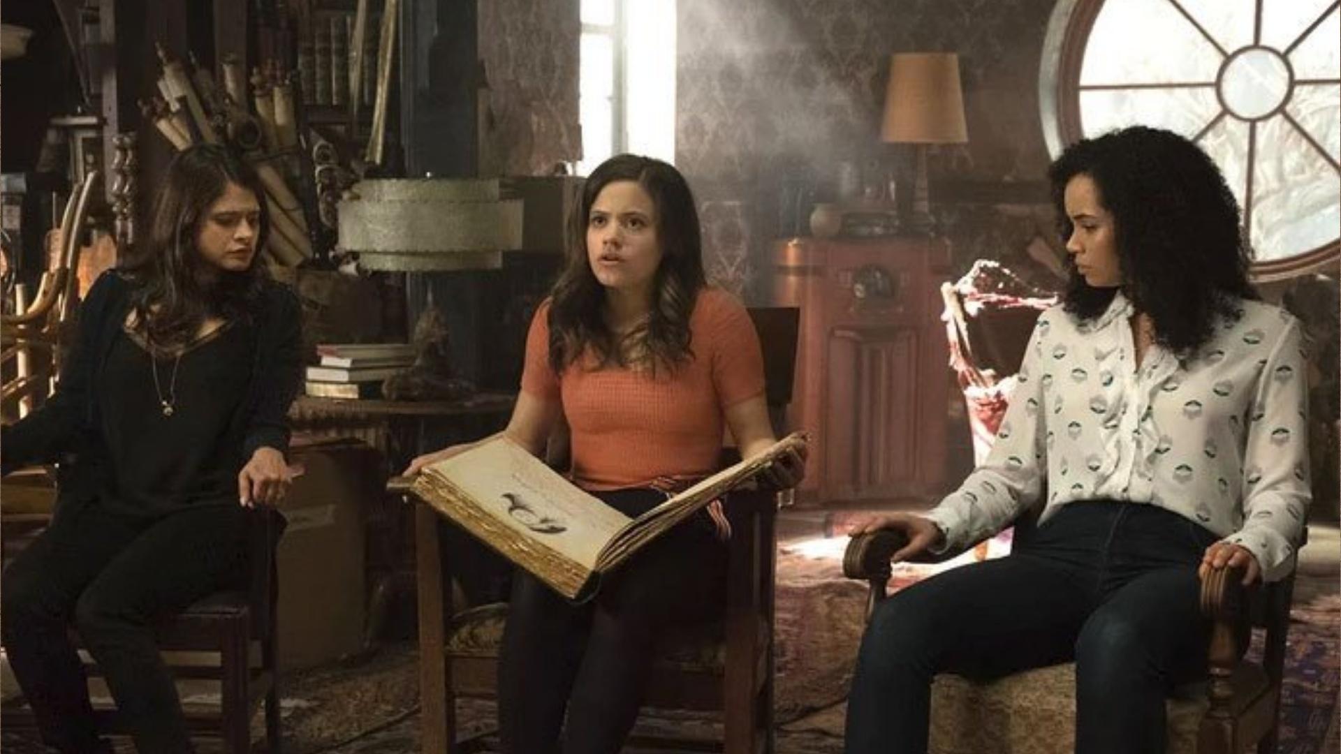 Charmed (2018) 5afdb740c0c70