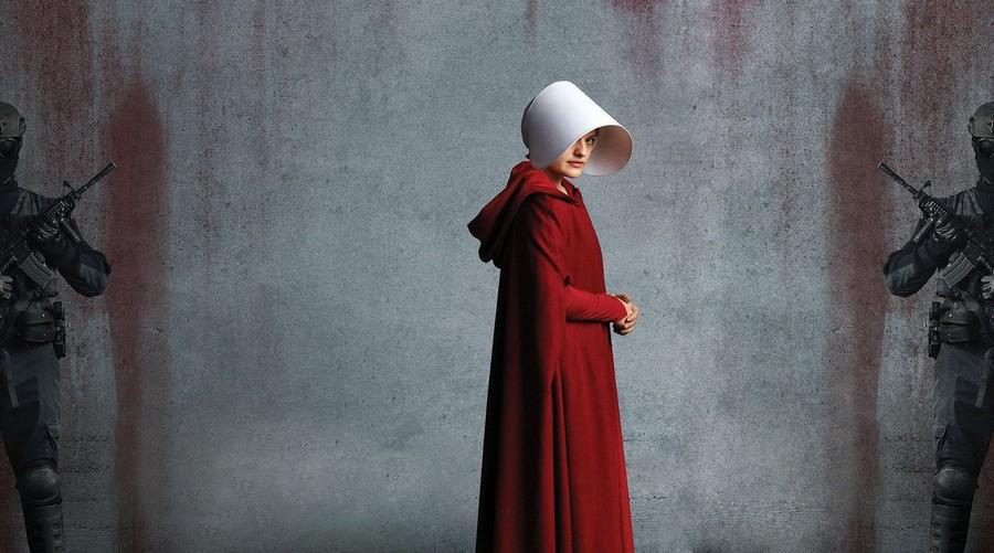 The Testaments : Hulu prépare le sequel de la série à succès The Handmaid's Tale !