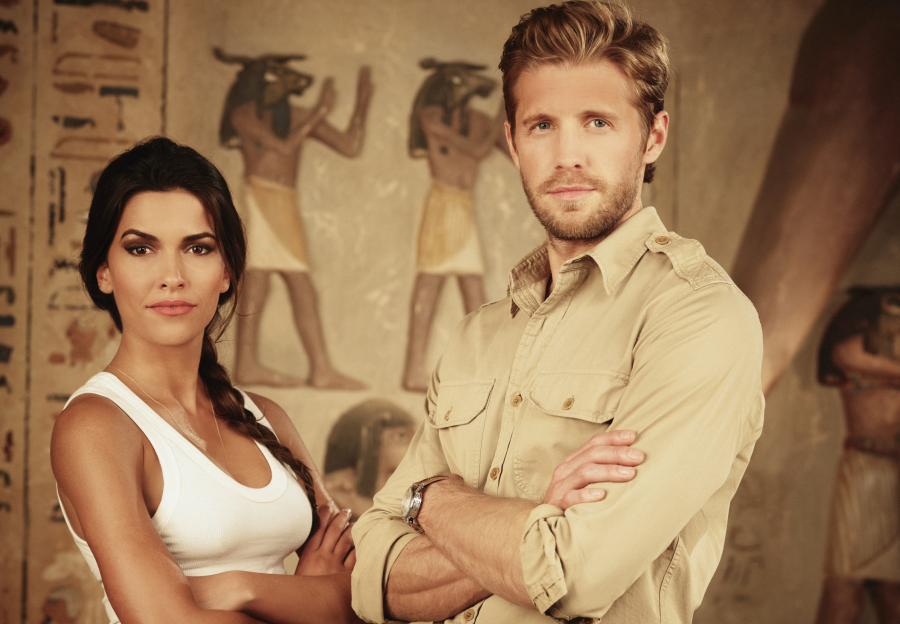 Review Pilot - Blood and Treasure : on continue ou pas ?