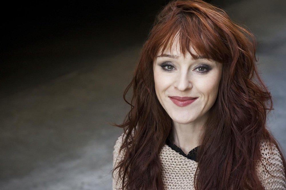 DarkLight Con Online 2 : Ruth Connell sera présente avec People Convention !