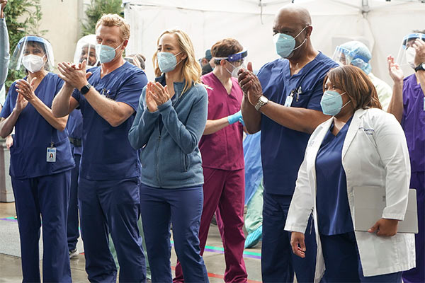 Grey's Anatomy et Station 19 renouvelées !