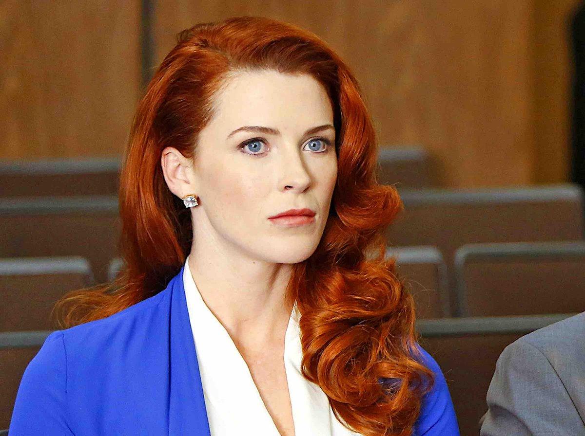 Batwoman : Bridget Regan rejoint de le casting de la saison 3