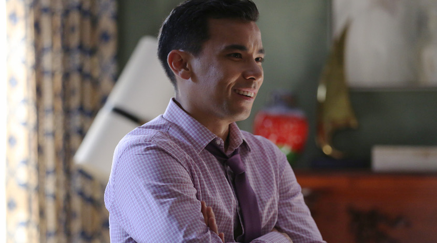 The Resident : Conrad Ricamora (How to Get Away with Murder) rejoint le casting !