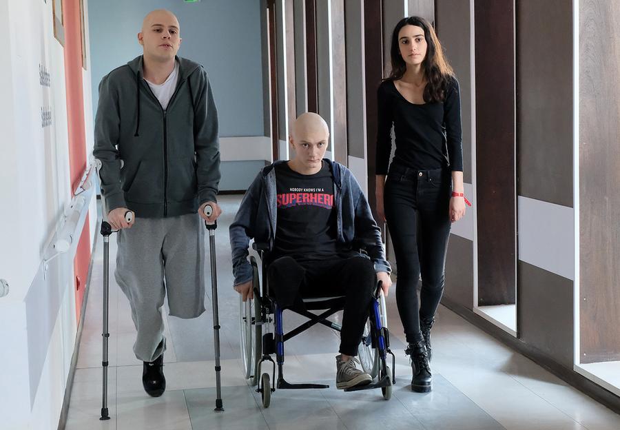 Les Bracelets Rouges (TF1) : l'avis de la rédac' sur la saison 1 !