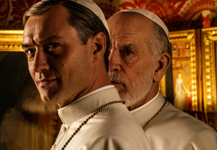 Review Pilot – The New Pope : on continue ou pas ?