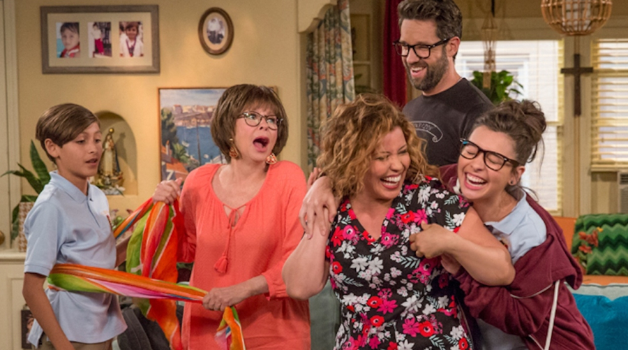 Pop TV dévoile la date de la nouvelle saison de One Day At A Time !