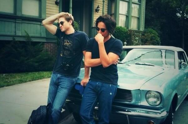 Tyler Blackburn et Keegan Allen - Just About TV